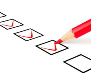 Check marks in a questionnaire. Image: urfin/Shutterstock.com