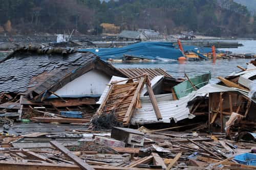 Reality of the tsunami disaster. The outbreak of the unprecedented Great East Japan Earthquake and tsunami. Image: mTaira/Shutterstock.com.