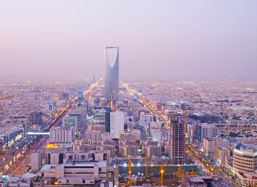RIYADH - DECEMBER 22: Kingdom tower on December 22, 2009 in Riyadh, Saudi Arabia. Kingdom tower is a business and convention center, shoping mall and one of the main landmarks of Riyadh city. Image: Fedor Selivanov/Shutterstock.com.