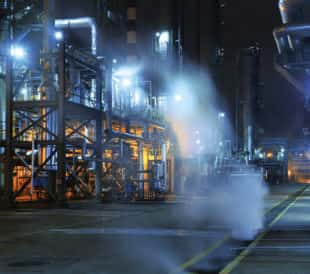 toxic vapors from refinery pipes