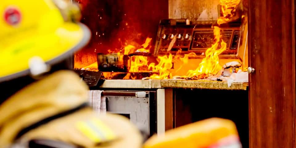 Fire caused by a failure in a tubular heating element