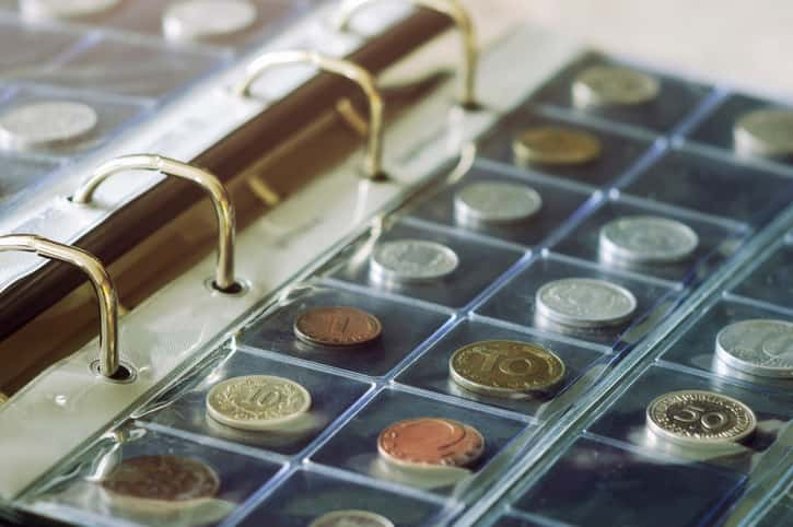 Can XRF Technology Produce Accurate Analysis Results on a Coin in a Holder?