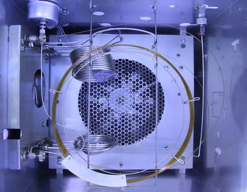 Inside gas chromatography analyzer. Image: tanewpix/Shutterstock.com