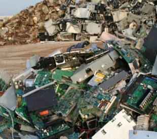 computer scrap mountain