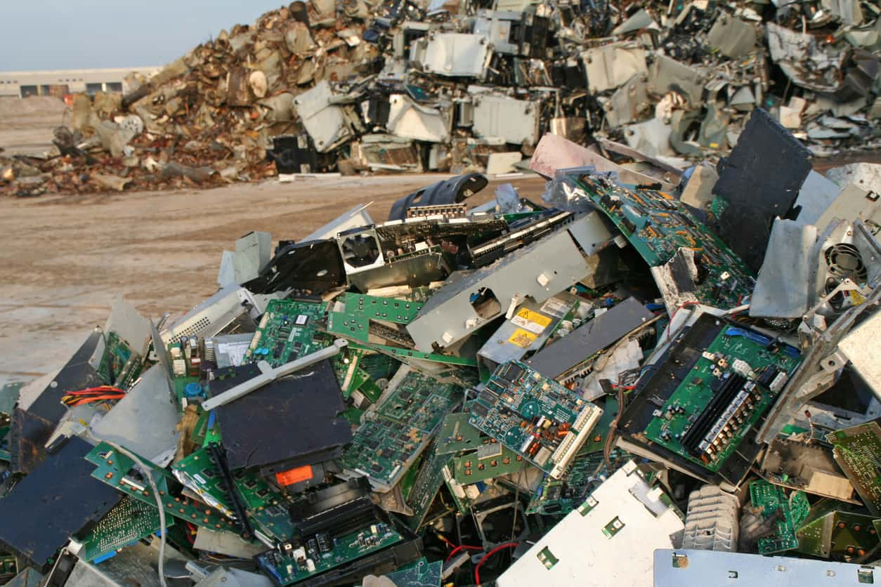 hazards of e waste A growing hazardous waste category is e-waste, or electrical or electronic waste this includes old computers, printers, tvs, fridges, even an old coffee maker or toaster many of their components are hazardous due to changes during the manufacturing process.