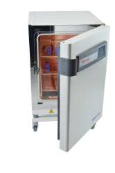 Heracell™ VIOS 160i Tri-Gas CO2 Incubators
